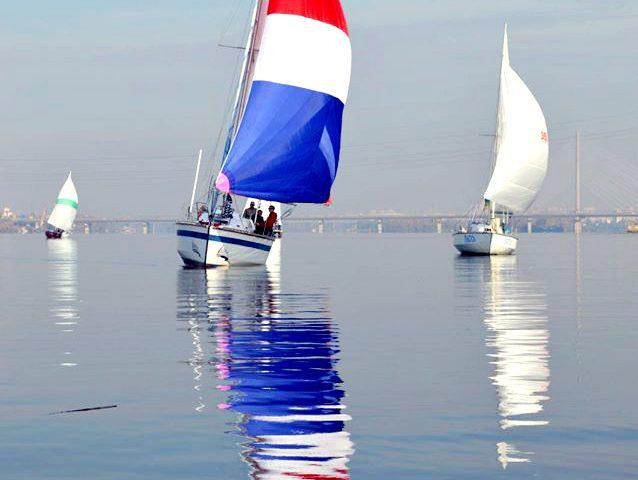 Парусная яхта Лана - регата