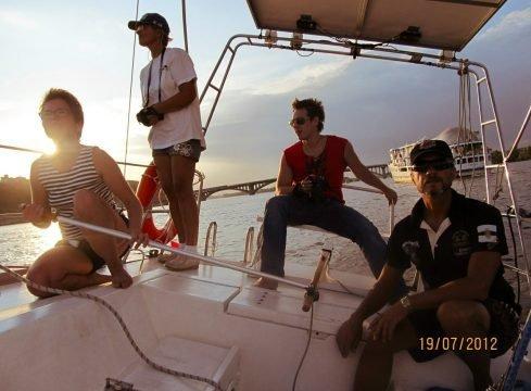 Обучение на яхте во время прогулки