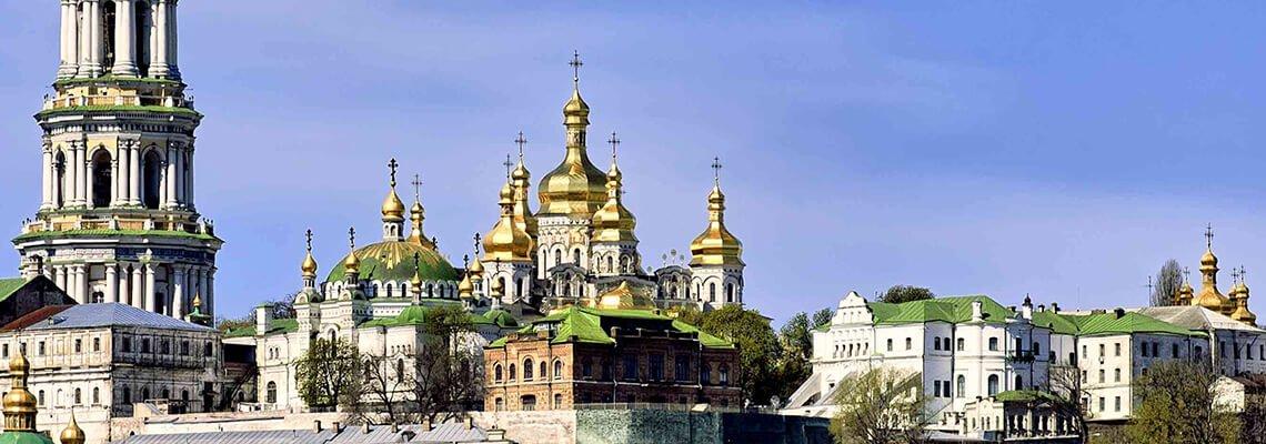 Набережные Киева - водный отдых на яхте
