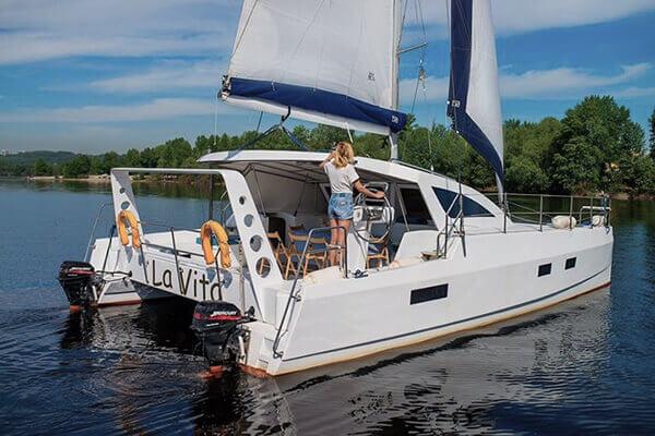 яхта La-Vita (Ла-Вита) корма