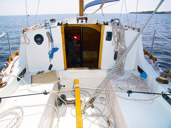 Снять парусную яхту ЛЮБАВА