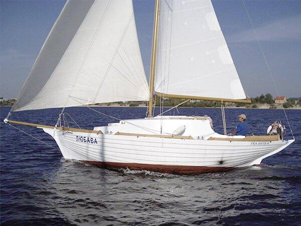 Парусная яхта ЛЮБАВА